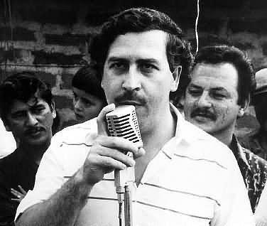 Kendi saltanatı boyunca, Escobar tahmini olarak her hafta 420 milyon dolar kazandı!